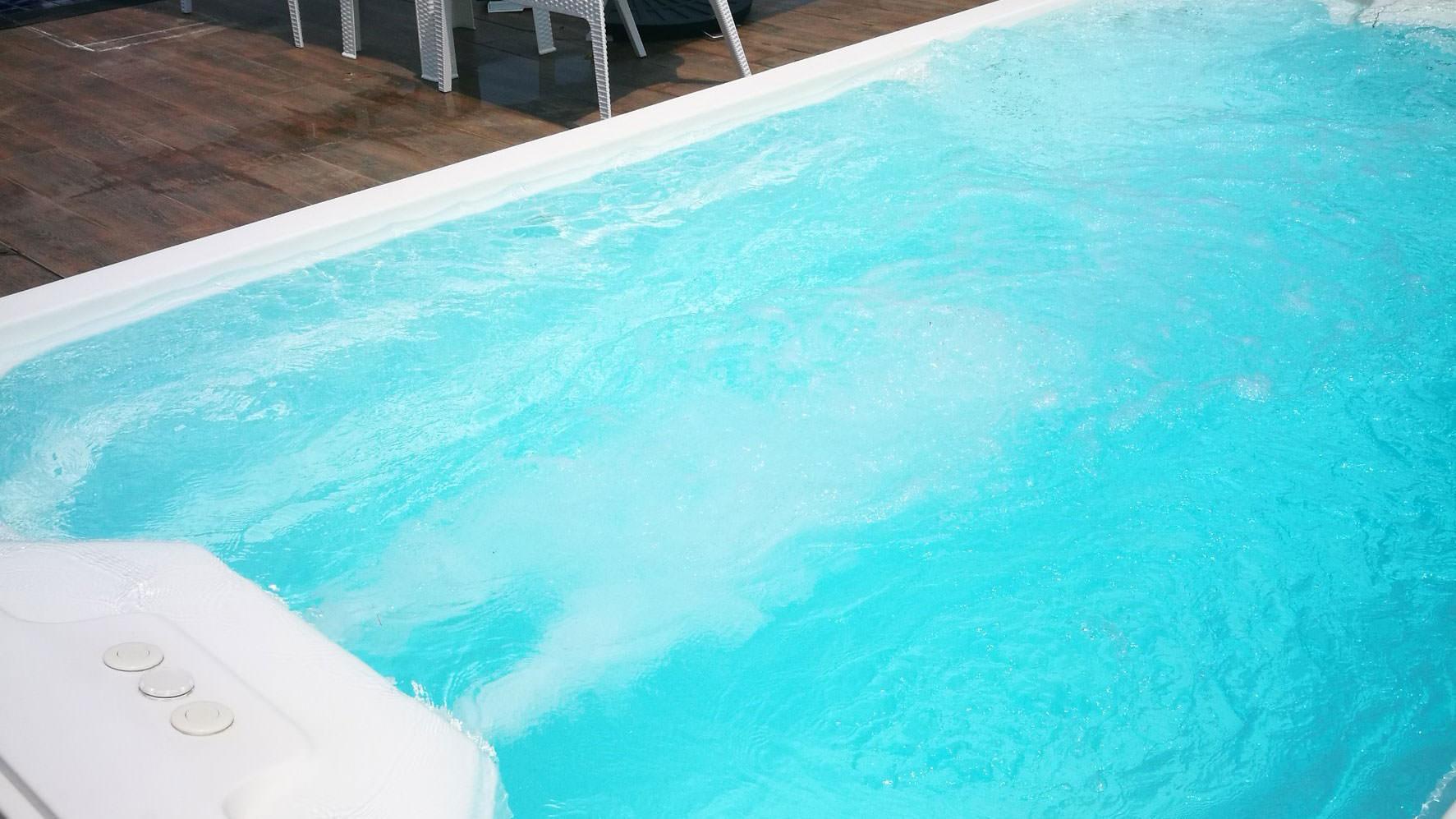 บริการออกแบบสระว่ายน้ำ Skimmer