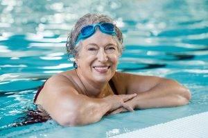 สระว่ายน้ำผู้สูงวัย