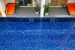 สระว่ายน้ำ Furama