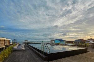 สระว่ายน้ำ Kept Bangsaray