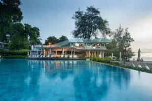 สระว่ายน้ำ Veranda Resort & Spa